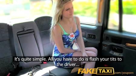 Обходительный таксист привел пассажирку к желанию случайного секса в салоне машины